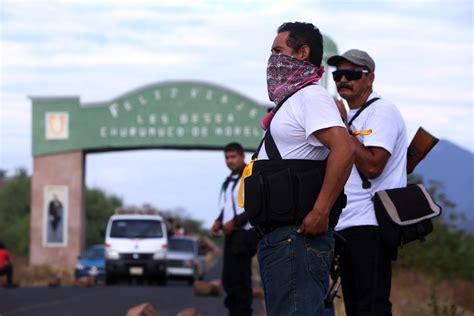 Liberan a 20 exautodefensas detenidos en 2014