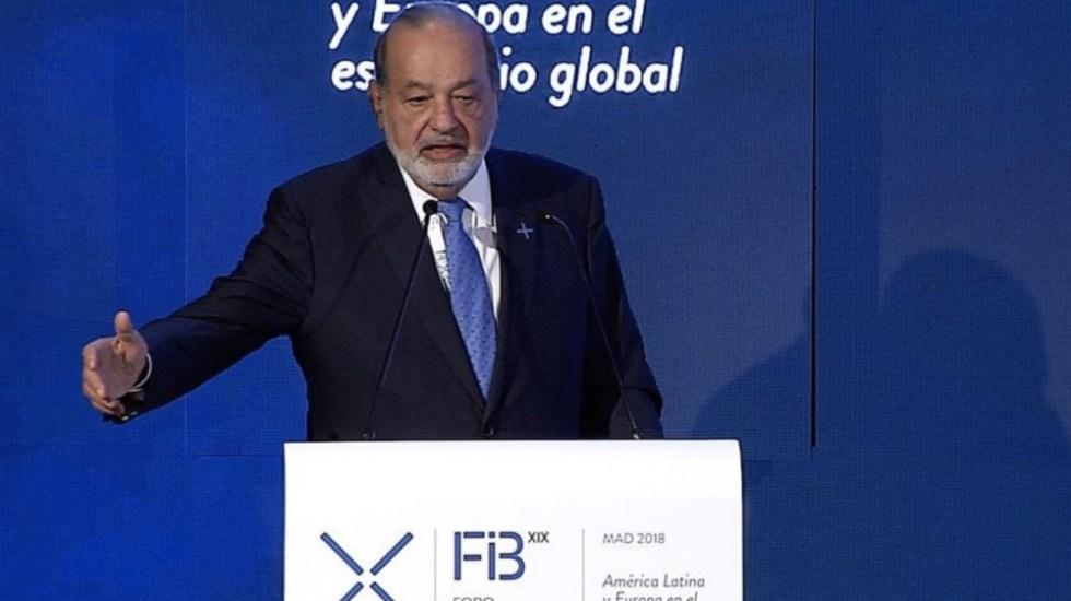 """Carlos Slim propone """"hacer una guerra contra la pobreza"""""""