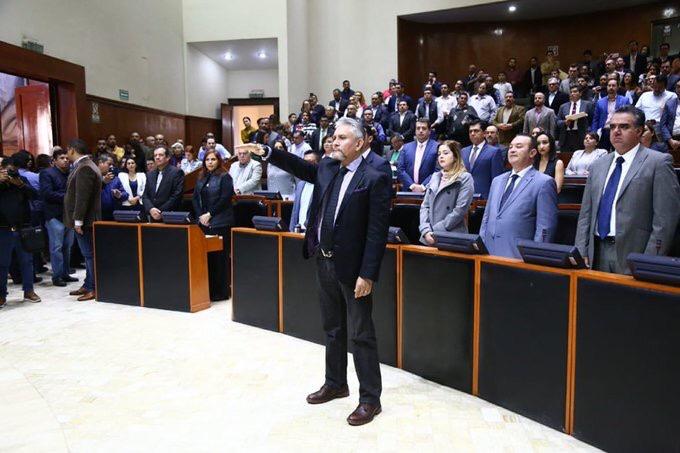 En medio de cuestionamientos Gerardo Octavio Solís rinde protesta como nuevo fiscal de Jalisco
