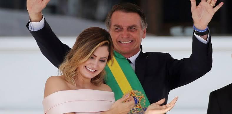 Bolsonaro rinde protesta como nuevo presidente de Brasil