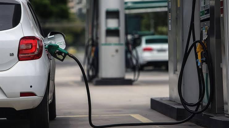 Gasolina hasta 5 pesos más barata en la frontera