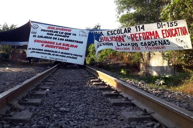 AMLO: Entre el chantaje y el sabotaje de una facción de la CNTE