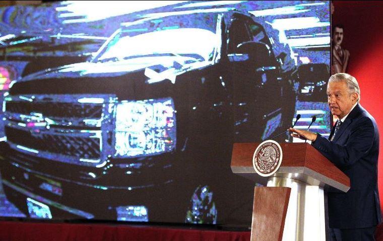 Anuncia López Obrador venta de automóviles oficiales para financiar la Guardia Nacional