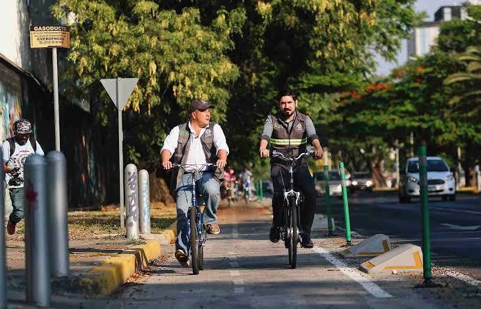 Vialidades, ciclovías y transporte urbano tapatío