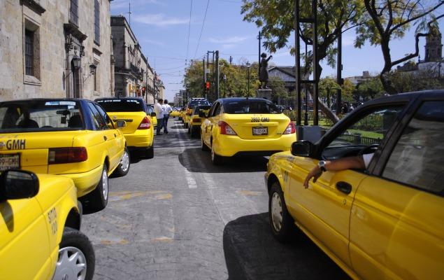 Asesinan a otro taxista en la metrópoli: suman ocho