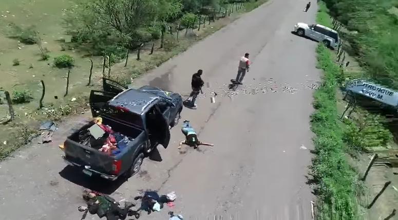 En video captado con dron, autodefensas celebran encontronazo con el CJNG