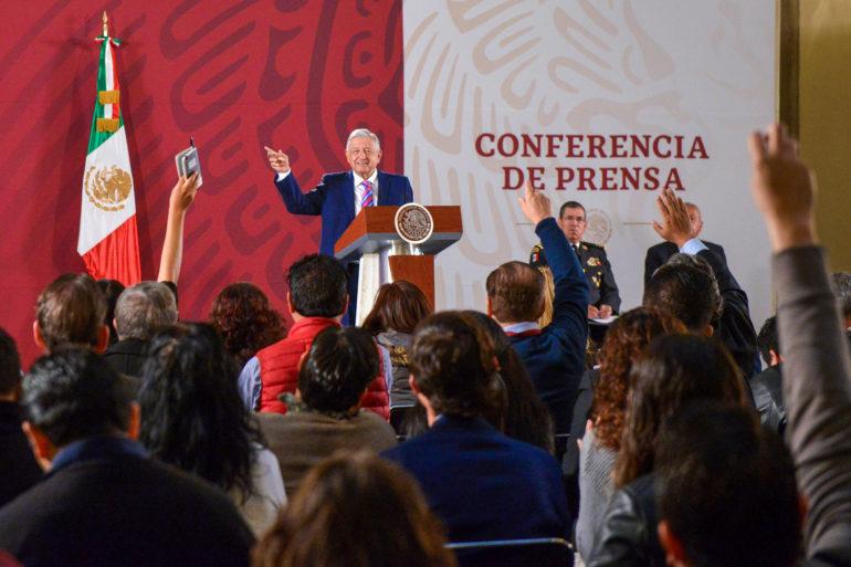 """Remoto"", tratatamiento de terroristas a cárteles: López Obrador"