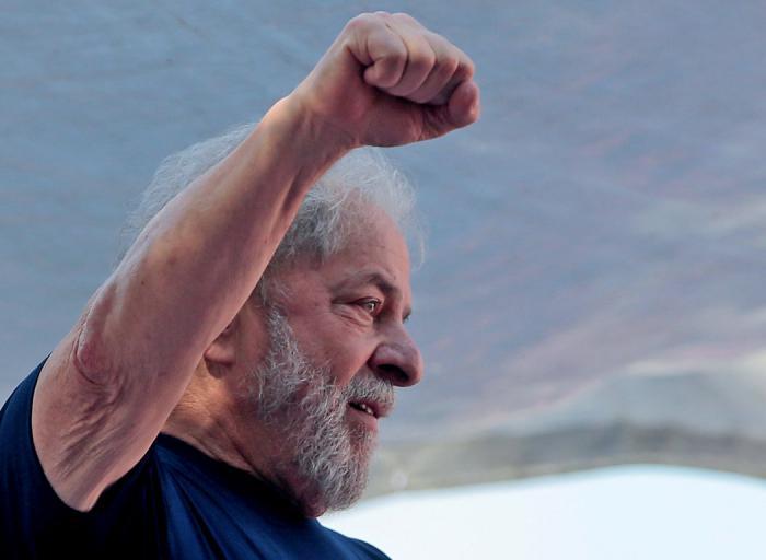 Lula Da Silva, expresidente brasileño, sale de prisión