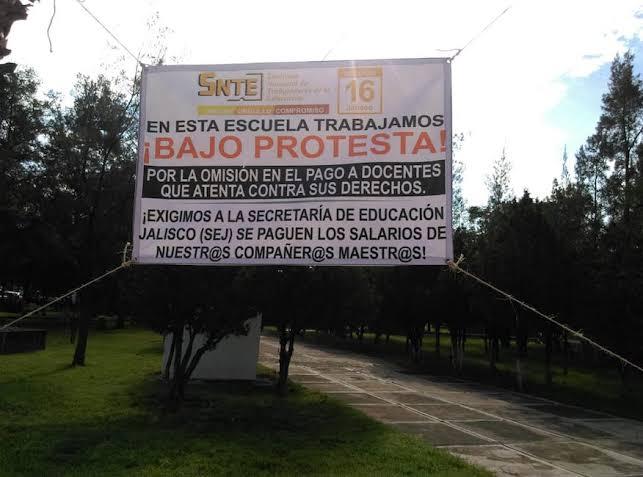 Adeudan 18.5 mdp a 2 mil 829 docentes del SNTE en  Jalisco