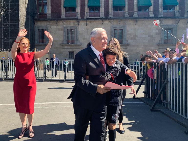 """Pide López Obrador un año más para lograr """"una nueva patria"""""""