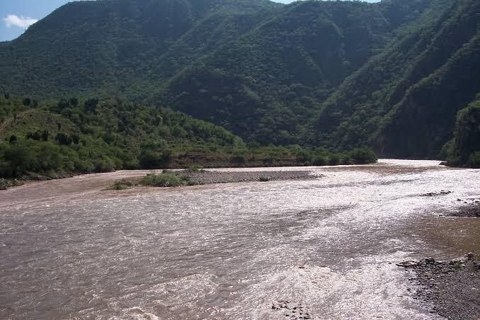 Irán contra funcionarios que ocultaron daños a la salud por contaminación del río Santiago