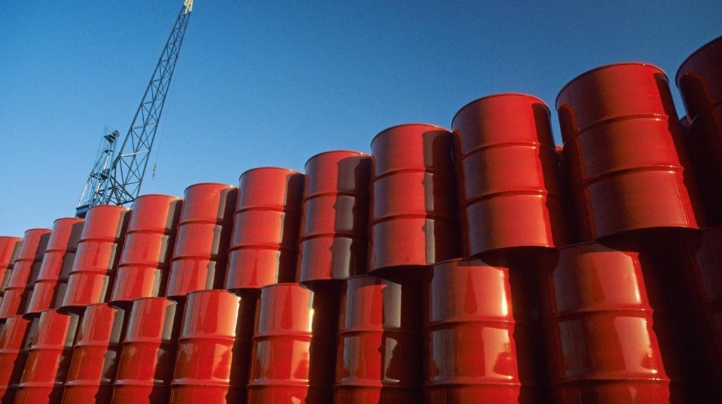 Se disparan precios del petróleo tras asesinato de Soleimani