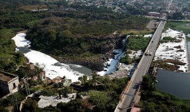 Muerte en las aguas del río Santiago