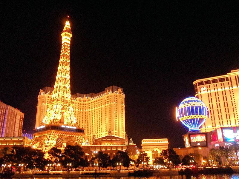 Por Covid-19, ordenan cierre de casinos en Las Vegas