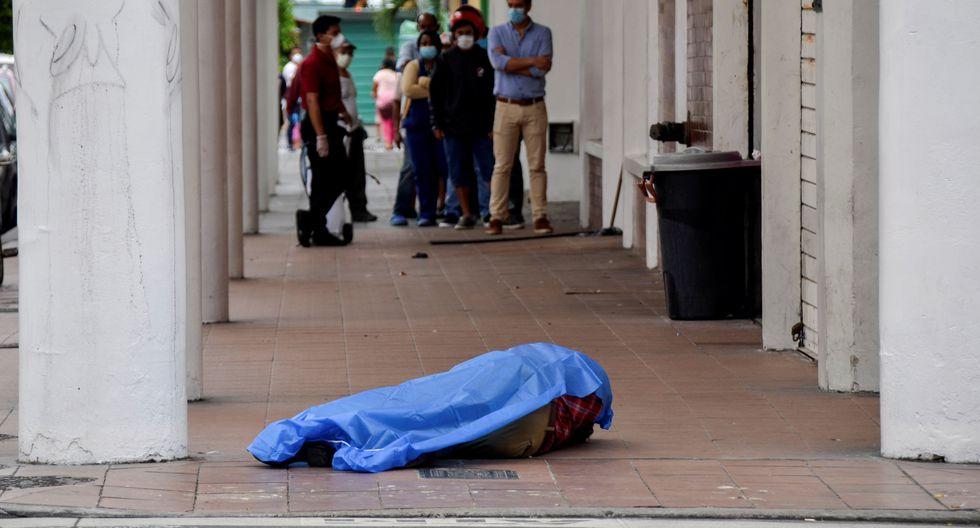 Sistema sanitario de Ecuador colapsa: hay cadáveres en las calles