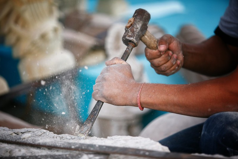Inspectores decomisan artesanías que eran cambiadas por despensa en Tonalá