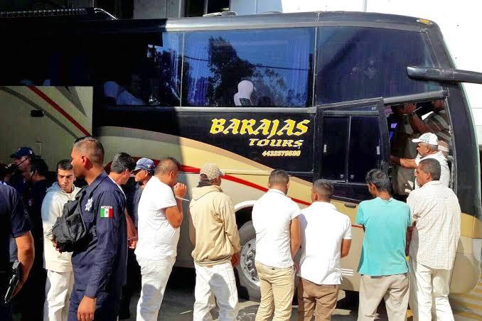 Con engaños, trasladan a personal de Puente Grande a Michoacán