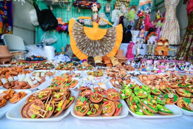 Todo listo para la Feria del Cartón en Guadalajara
