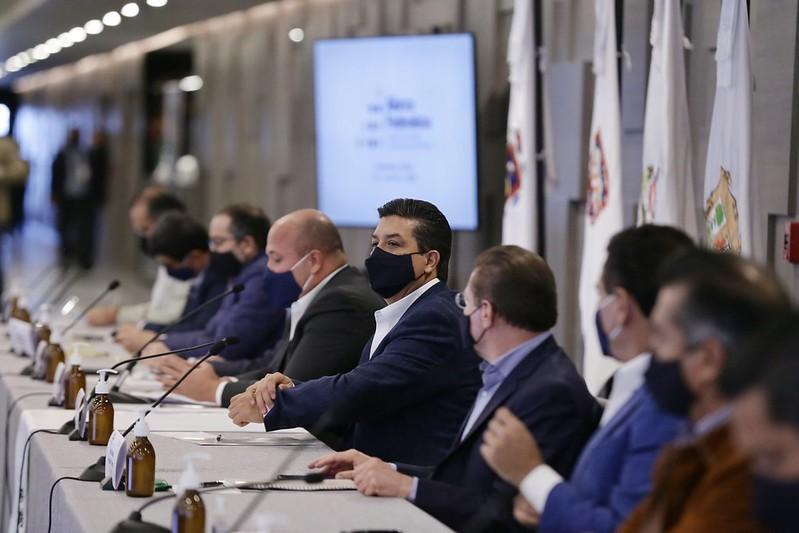 Presenten iniciativas, no denuncias: López Obrador a Alianza Federalista