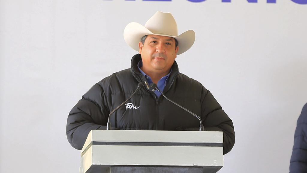 UIF alista denuncia ante FGR contra Cabeza de Vaca por lavado de dinero