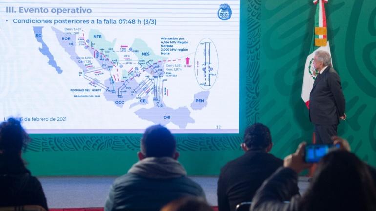 Pide López Obrador disminuir consumo de energía eléctrica