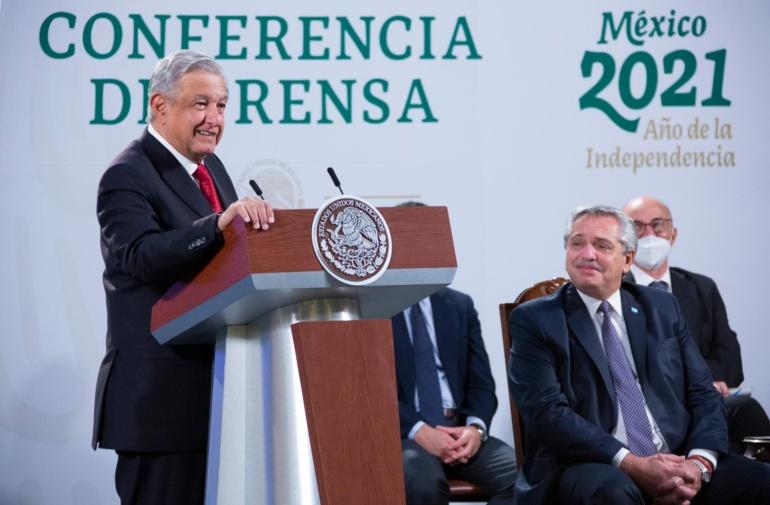 """""""Por fin tiene un presidente como merecen los mexicanos"""": Fernández"""