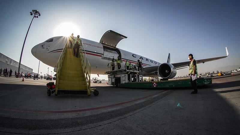 Llegan a Jalisco 156 mil vacunas Pfizer contra el SARS-CoV-2