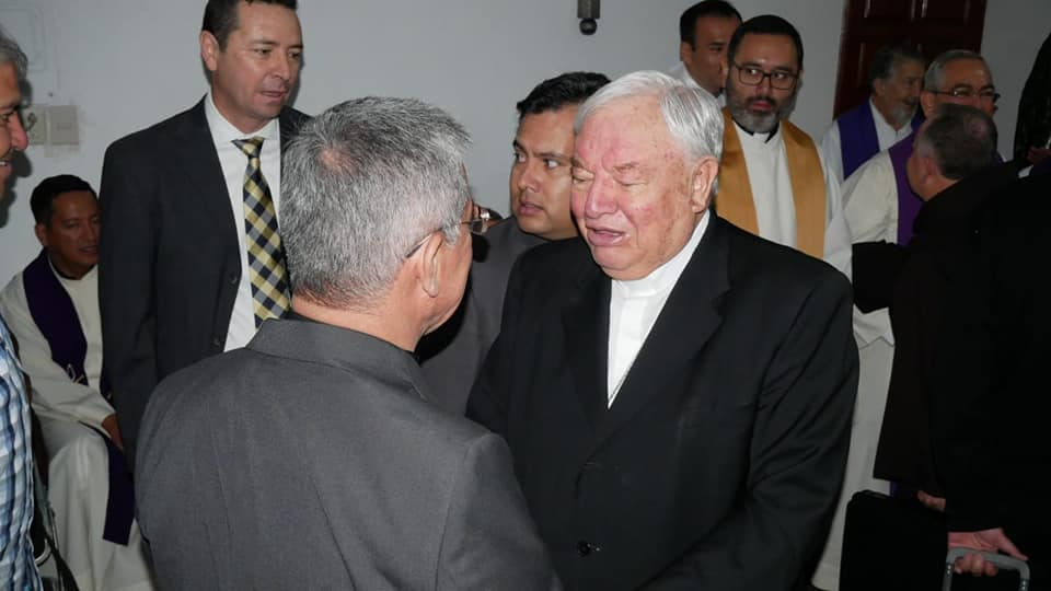 Se lanza cardenal emérito Sandoval Íñiguez contra Morena