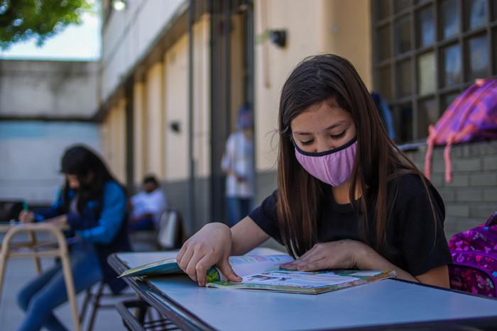 Llama OMS y Unicef a la reapertura de escuelas